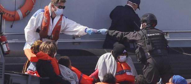Immer mehr Migranten nehmen das Boot von Frankreich nach England